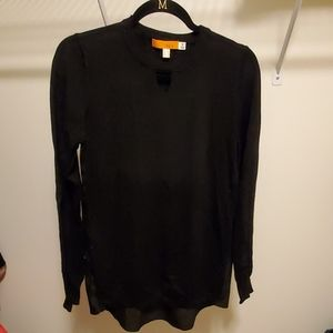 Black sweater with accent back